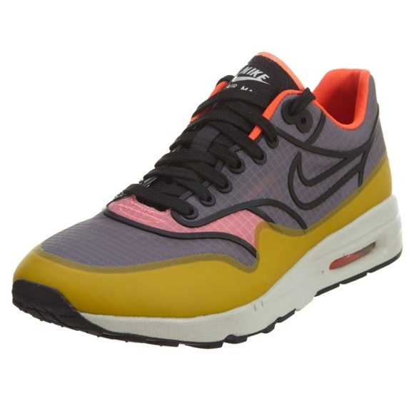 buy popular 2737c d4f88 Nike air Max 1 ultra 2.0 ( cool grey and black). M 5c43a416619745f2ebf849e6